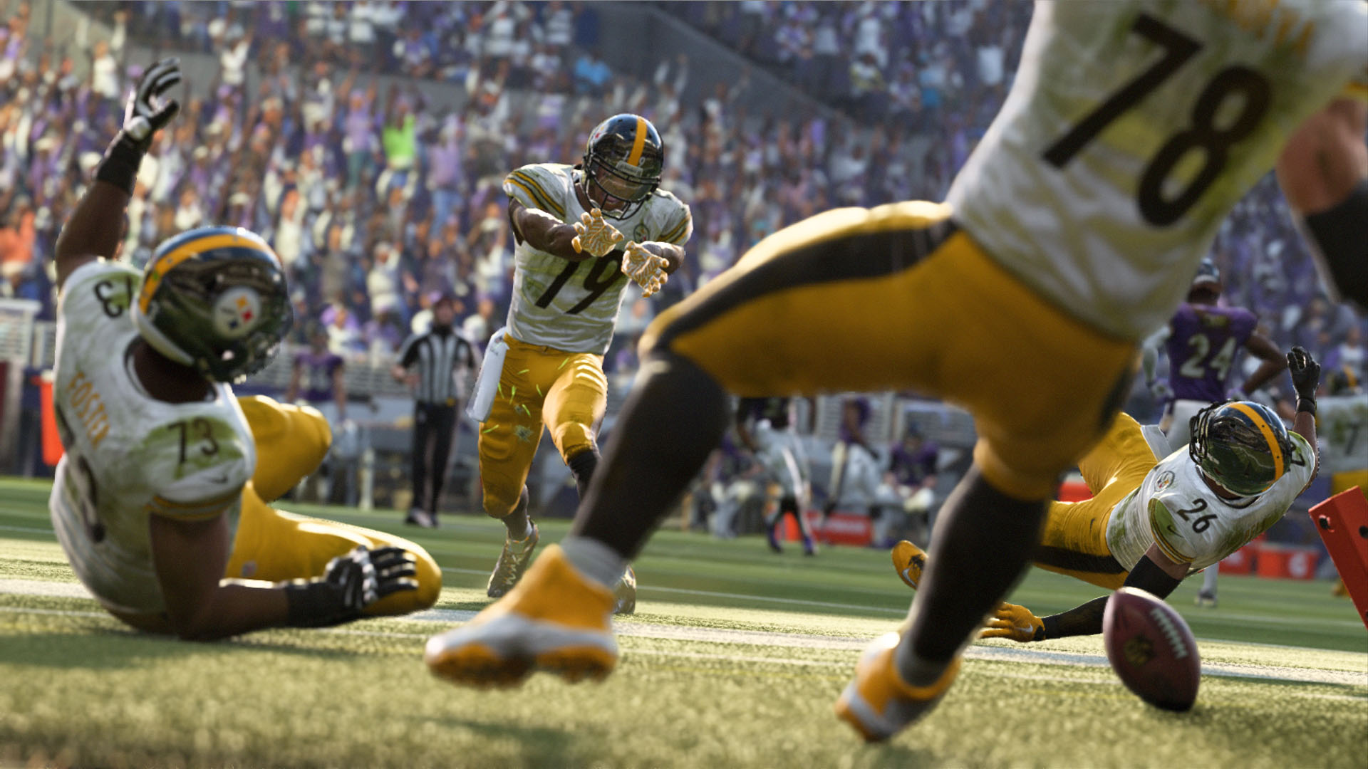 a55f64476f Description. Game contains In-Game Purchases Madden NFL 19 ...